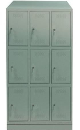 00150557 Szafa skrytkowa z daszkiem, 3 segmenty, 9 skrytek (wymiary: 2135x1050x480 mm)