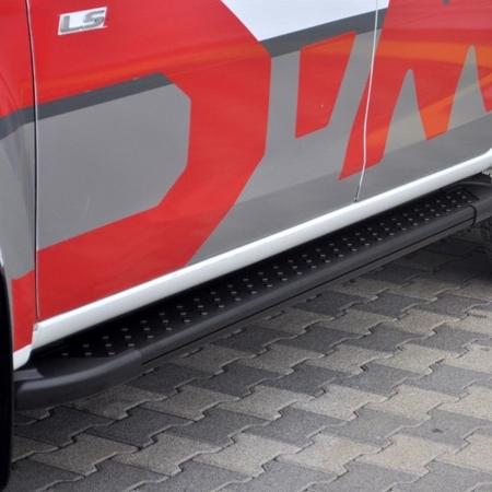 01656149 Stopnie boczne, czarne - Nissan Pathfinder R51 2005- (długość: 171 cm)