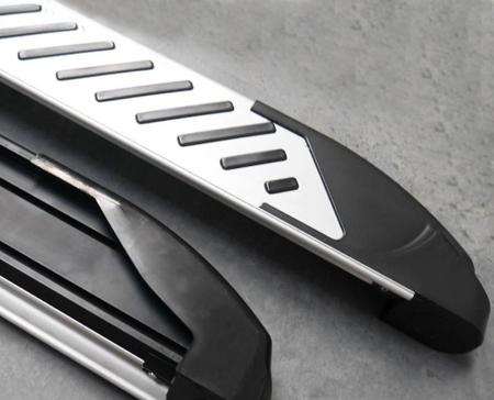01656293 Stopnie boczne, paski - Hyundai SantaFe 2012- (długość: 171 cm)