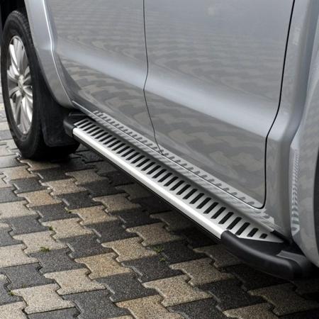 01656363 Stopnie boczne, paski - Volkswagen Amarok 2010- (długość: 193 cm)
