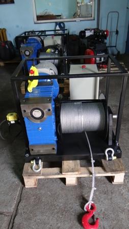 28850138 Elektryczna wciągarka linowa (siła uciągu: 1900/2600 kg)