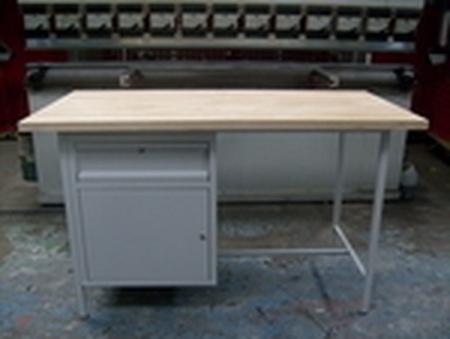 77156850 Stół warsztatowy dwustanowiskowy, 1 szafka, 1 szuflada (wymiary: 2000x750x900 mm)