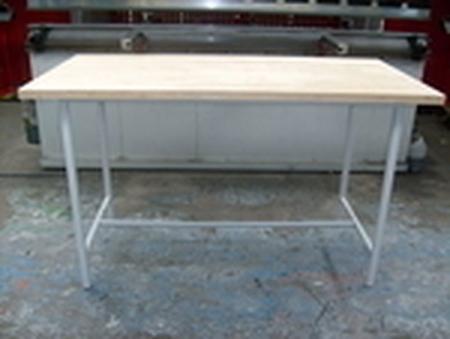 77156878 Stół montażowy (wymiary: 2500x1830x900 mm)