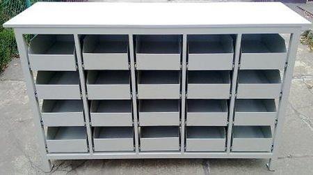 77156980 Stół warsztatowy, 20 szuflad (wymiary: 1700x600x1050 mm)