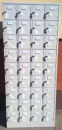 77157134 Szafa skrytkowa, 36 drzwi (wymiary: 2000x800x400 mm)