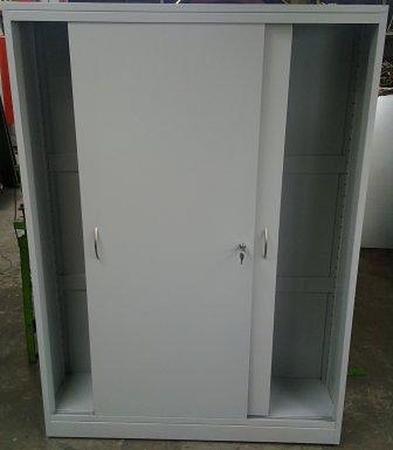 77157235 Szafa narzędziowa, drzwi przesuwane, 4 regulowane półki (wymiary: 2000x1300x500 mm)