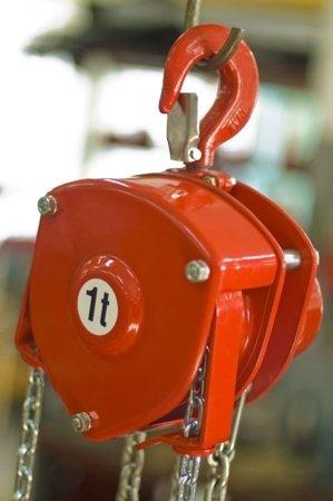 9588154 Wciągnik łańcuchowy stacjonarny WŁ-100S (udźwig: 10,0 T)